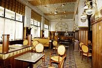Café Imperial.