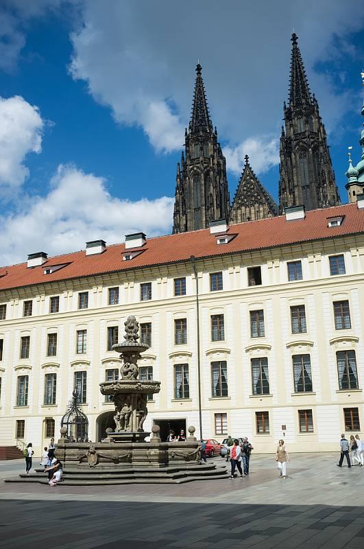 Praha neznámá, Pražský hrad, II. nádvoří, 26.5.2017
