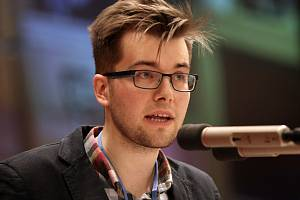 Jakub Michálek při ustavujícím zasedání pražského zastupitelstva.