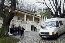 MÍSTO NÁVŠTĚVNÍKŮ STĚHOVÁCI. Po dlouhých dvaceti letech soudních pří přebírá Bertramku od Prahy 5 opět Mozartova obec.