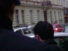Strážníci v Praze 5 zasahovali proti agresivnímu taxikáři.