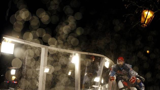 Adrenalinový závod na bruslích Reb Bull Crashed Ice se jel na uměle vytvořené dráze na Vyšehradě v sobotu 7. února.