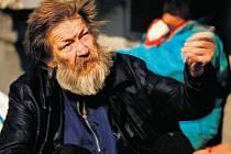 BEZ ŠANCE? Že by měli pracovat, nechtěli bezdomovci většinou ani slyšet. Se svou situací ale spokojeni nejsou.