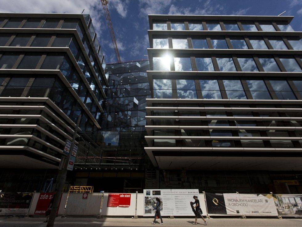 Stavba projektu Quadrio (Copa centrum) na pražské Národní třídě