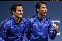 Laver cup, hraný 22. září v Praze. Rafael Nadal (vpravo), Roger Federer.