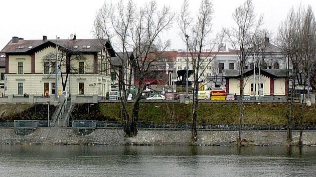 Holešovická tržnice (pohled od Vltavy). Ilustrační foto.