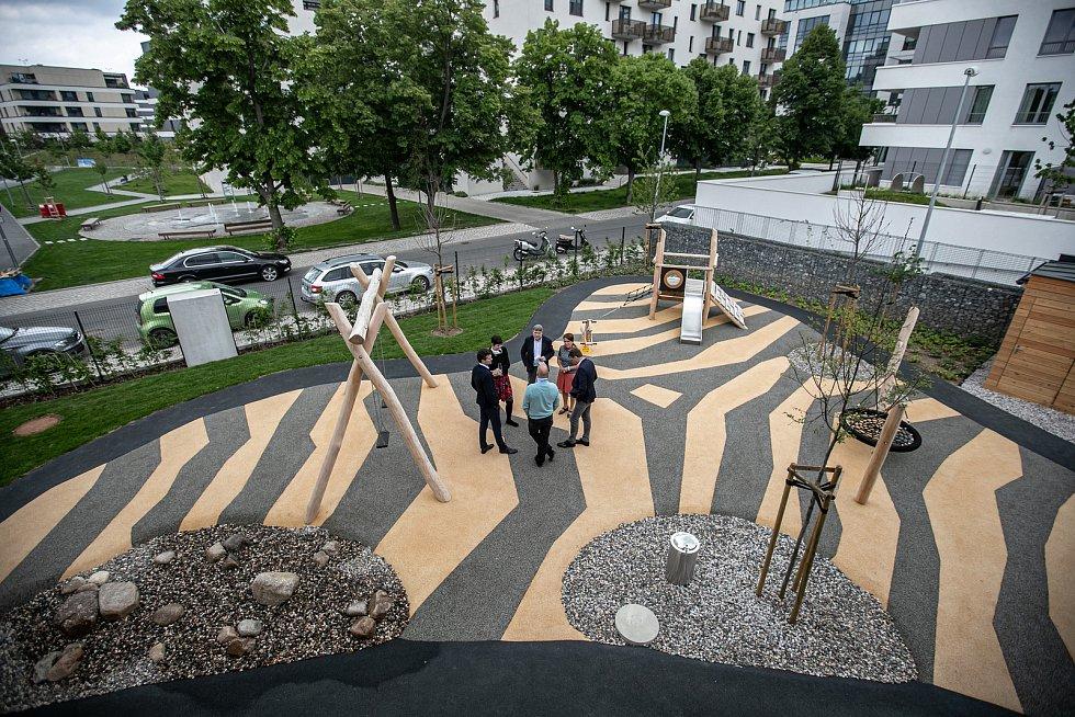 Slavnostní předání mateřské školy Waltrovka proběhlo 20. května 2020 v Praze.