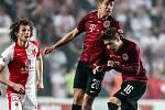 Zápas semifinále poháru MOL Cup mezi Slavia Praha a Sparta Praha hraný 24. dubna v Praze. Hložek, Sáček