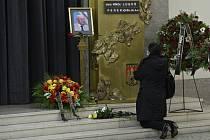 Poslední rozloučení s astronomem Lubošem Perkem 29. září 2020 ve strašnickém krematoriu v Praze.