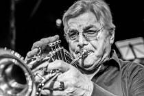 Festival Svatovítské varhanní večery začíná první červencový den koncertem k životnímu jubileu Miroslava Kejmara.