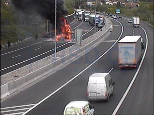 Tragická nehoda na D11 před Prahou.