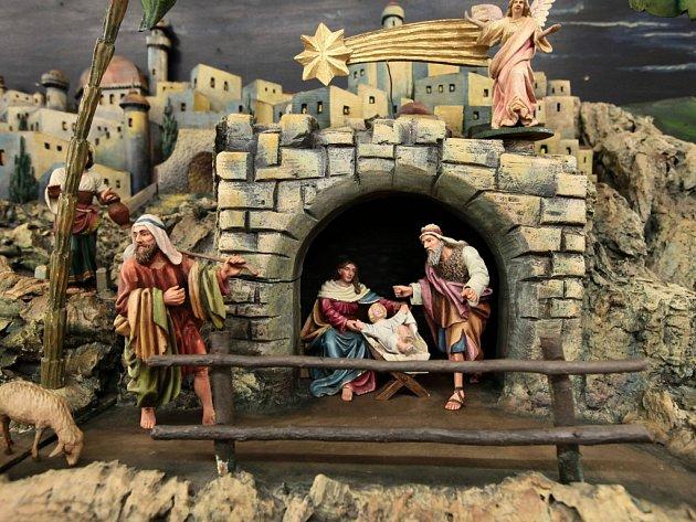 Výstava historických betlémů v Klementinu.