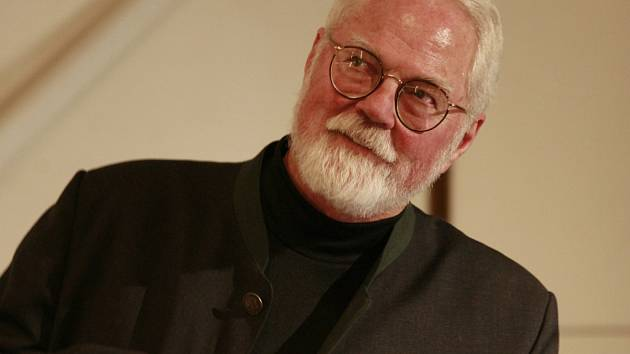 Americký spisovatel Robert Fulghum je na návštěv v Praze. Ilustrační foto.