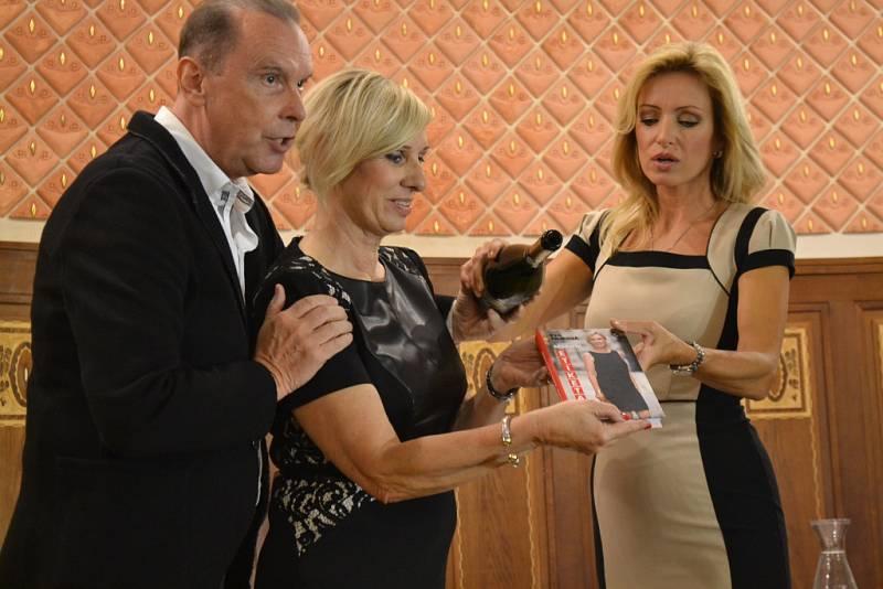 Křest má za sebou kniha Moderní etiketa boduje, jejíž autorkou je Eva Filipová.