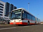 Autobus Van Hool.