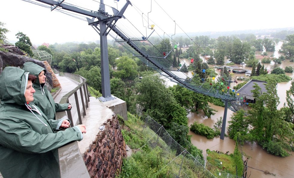 Povodně v Praze – Troji u Pražské zoo v pondělí 3. června.