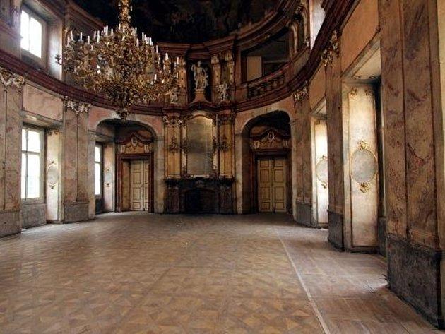 colloredo-mansfeldsky palac