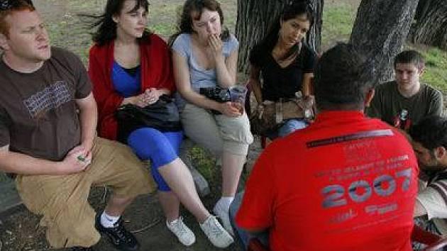 PROBLÉMY MENŠIN. Byly tématem akce, kterou v rámci festivalu pořádala Organizace na podporu integrace menšin (OPIM).