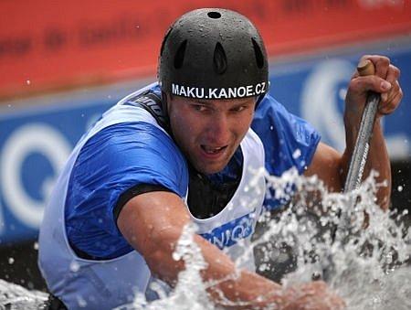 Český závodník Jan Mašek ve druhé kvalifikaci závodu.