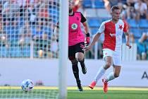 Rozhodující moment utkání Mladá Boleslav - Slavia přišel ve 36. minutě, kdy potrestal chybu brankáře Šedy slávista Kuchta.