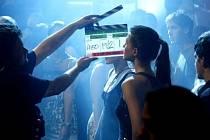 Natáčení filmu Případ nevěrné Kláry pokračovalo 16. července v pražském klubu Retro.