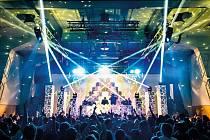Experimentální prostor Roxy/NoD v Praze patří od svého otevření v roce 1992 mezi jedny z nejdůležitějších míst tuzemské kultury. Ve vzájemné symbióze s klubem Roxy funguje v prvním patře také kavárna, galerie a divadlo NoD.