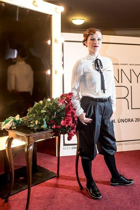 Ukázka kostýmů k chystanému představení Funny Girl v pražském Divadle Dva. Na snímku Kristýna Nováková-Fuitová.