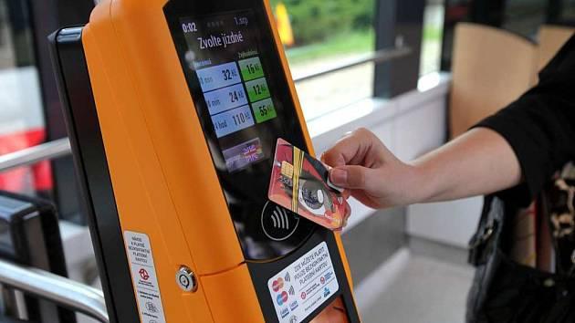 DDP zavádí platby bezkontaktní kartou.