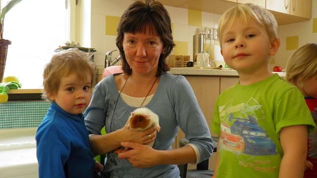 PŘÍRODOVĚDNÁ ŠKOLKA RYBIČKA je firemní školkou Přírodovědecké fakulty UK, kam mohou zaměstnanci vodit své děti teprve krátce od 4. března.