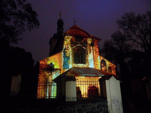 Videomapping můžete na Kostele sv. Václava na Proseku vidět 9. prosince