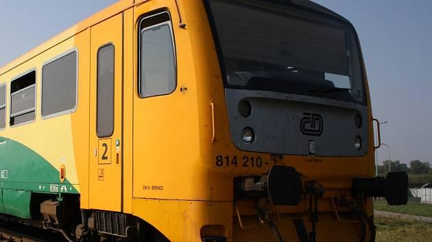 Vlak zachytil na nádraží v Rapoticích ženu