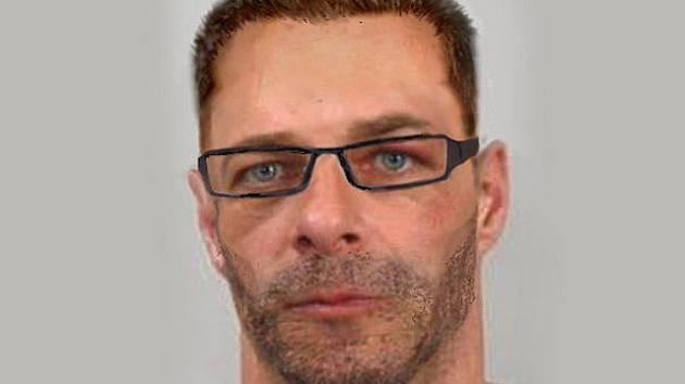 Policie dopadla v neděli 14. prosince 2014 v Kostelci nad Černými lesy uprchlého 44letého vězně Jana Nováka.
