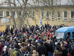 Solidární pochod za zachování centra Klinika v Jeseniově ulici v Praze se konal 27. února.