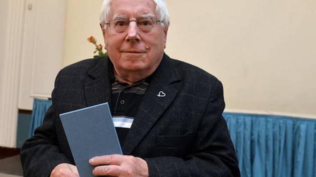 Do překladatelské síně slávy vstoupil Dušan Karpatský.