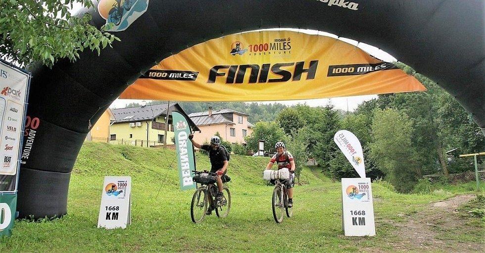 Seriál cestovatelských přednášek Kolem světa vás v neděli zavede na dlouhý cyklistický výlet napříč Českem a Slovenskem.