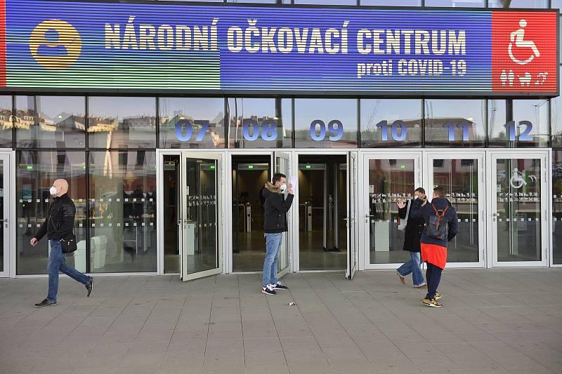 Národní očkovací centrum vzniklo v hale O2 universum.