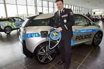 Policie bude v Praze následujících šest měsíců testovat provoz elektromobilů.