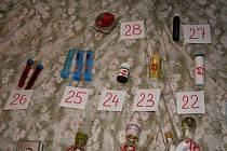 Dealer pervitinu v pražském bytě pervitin vyráběl, prodával i rozdával a také sám užíval.