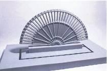 VÍTĚZNÝ NÁVRH sochařky Martiny Hozové nazvaný Vějíř Žofie Chotkové by měl stát před Píseckou bránou do roku 2017.