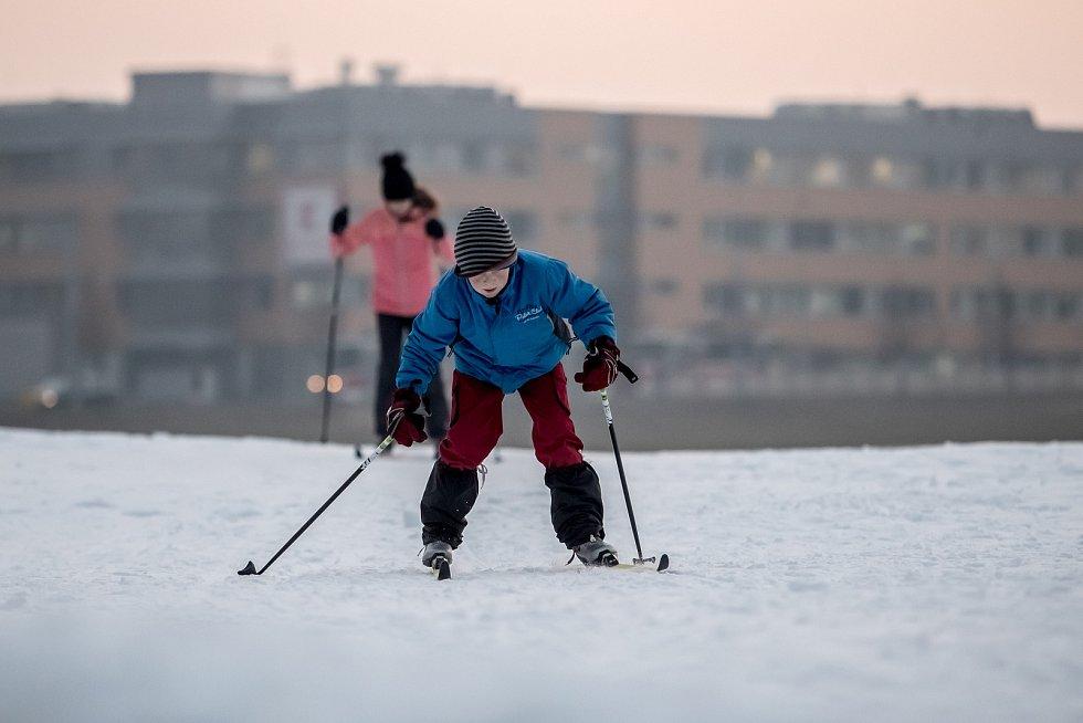 Běžkařský Skipark na pražském Vypichu.