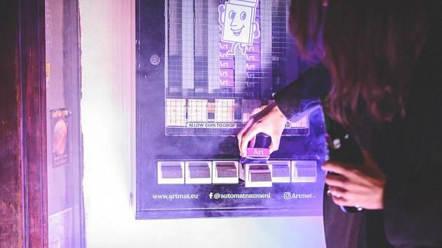 Artmat, automat na umění.