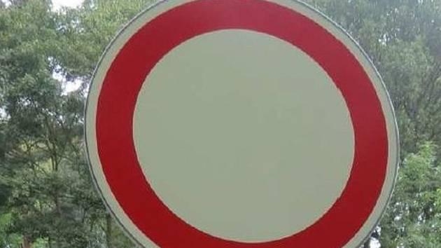 Zákaz vjezdu. Ilustrační foto.