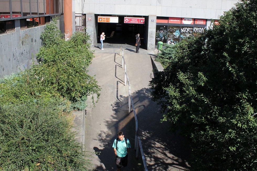 Metro Nádraží Holešovice.