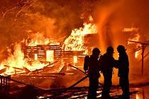 Požár skanzenu v Řeporyjích.