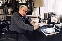 Básník Jaroslav Seifert, nositel Nobelovy ceny za literaturu za rok 1984.