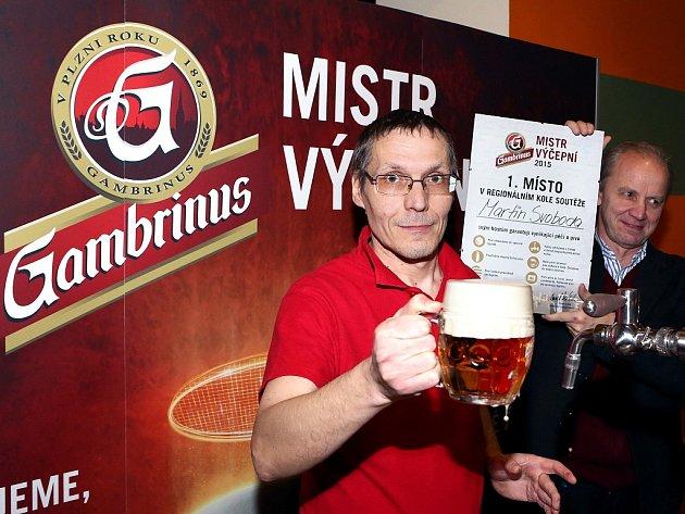 Gambrinus Mistr výčepní 2015pro Prahu: vítězný Martin Svoboda zpražské restaurace UPecků.