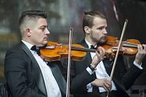 Koncert pro republiku na Václavském náměstí.