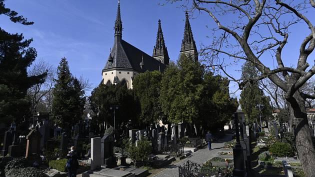 Vyšehradský hřbitov v Praze na snímku z 30. dubna 2021.