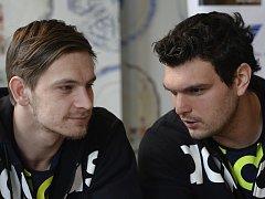 Přestupová lasa se točí okolo hlav brankáře Tomáše Petržaly (vpravo) a reprezentanta Milana Kotrče.
