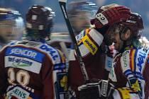 NOVÁ SÉRIE. Se Zlínem se sparťanští hokejisté vypořádali, teď jdou na tým z druhého konce republiky.